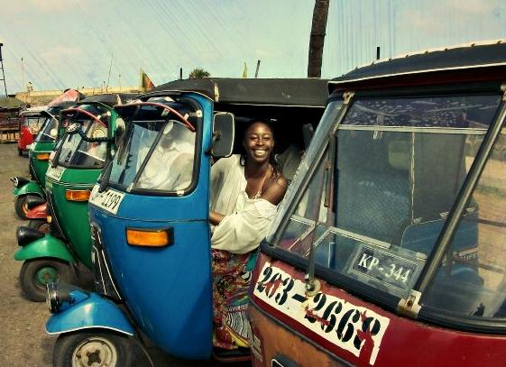 adventureswithbea.com Colombo tuk tuk