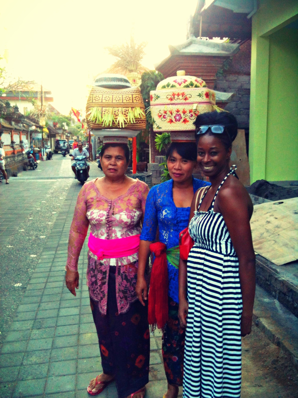 adventureswithbea Balinese ladies