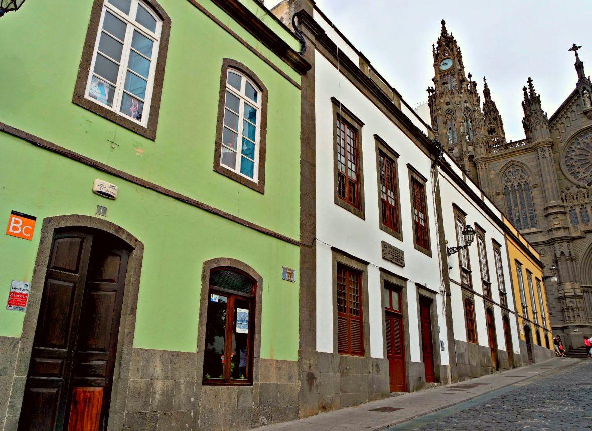 houses arucas